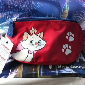 Disney Marie Aristocats Loungefly Fanny pack new